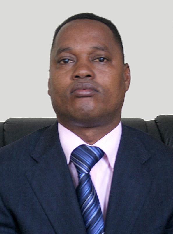DECLARATION DU CNARED-GIRITEKA FACE AUX MANOEUVRES DE M. EDOUARD NDUWIMANA